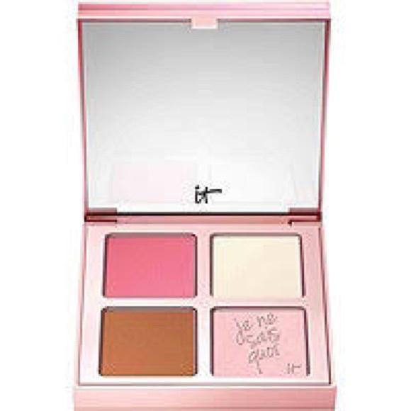 it cosmetics Other - iT Cosmetics Je Ne Sais Quoi Palette